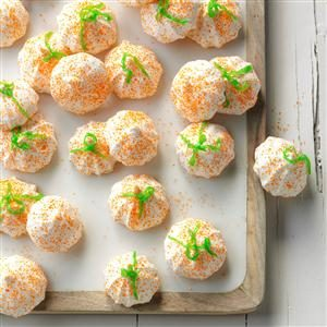 Sweet Treat: Mini Meringue Pumpkins