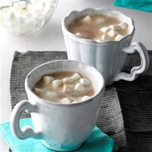 Vanilla Almond Hot Cocoa Recipe