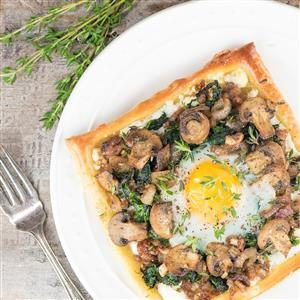 Sausage Mushroom and Egg Galette Recipe