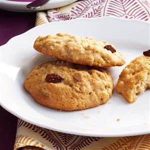 Family-Favorite Oatmeal Cookies Recipe