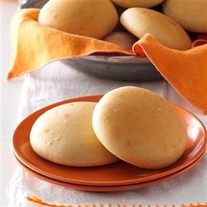 Favorite Yeast Rolls Recipe