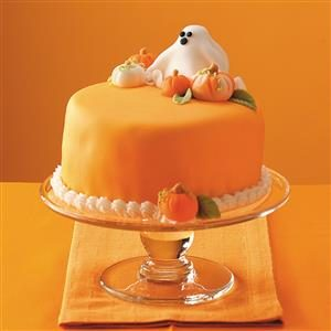19 scary good halloween cake recipes taste of home for Easy halloween cakes to make at home