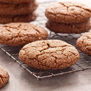 Giant Molasses Cookies Recipe