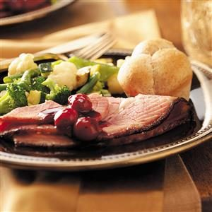 Glazed Ham with Cherry Sauce