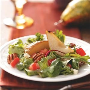 Gorgonzola and Pear Salad Recipe