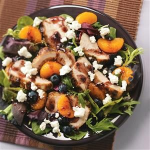 Grilled Chicken Salad with Blueberry Vinaigrette Recipe