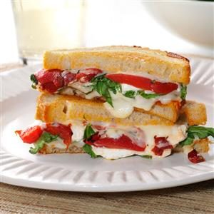 Grilled Goat Cheese & Arugula Sandwiches Recipe