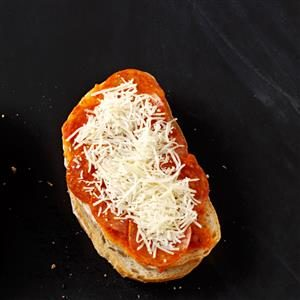 Grilled Pepperoni Pizza Sandwiches Recipe