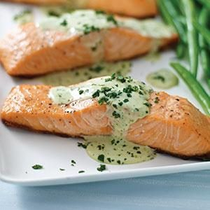 Grilled Salmon with Creamy Pesto Sauce Recipe