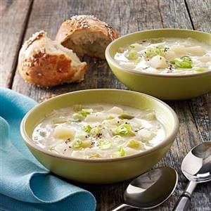 Hearty Leek and Potato Soup Recipe
