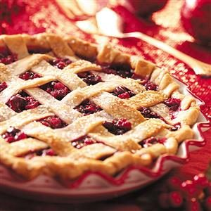 Home-Style Cran-Raspberry Pie Recipe