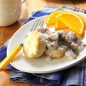 Homemade Biscuits & Maple Sausage Gravy