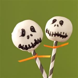 Spooky Snack: Jack Skellington Pops