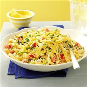 Lemon-Garlic Cream Fettuccine Recipe