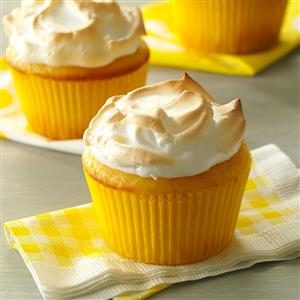Lemon Meringue Muffins
