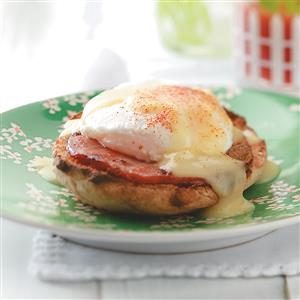 Light Eggs Benedict