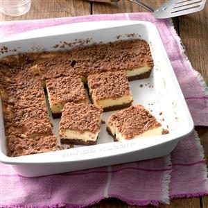 Makeover Cream Cheese Streusel Bars Recipe