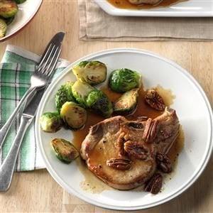 Maple-Pecan Pork Chops Recipe