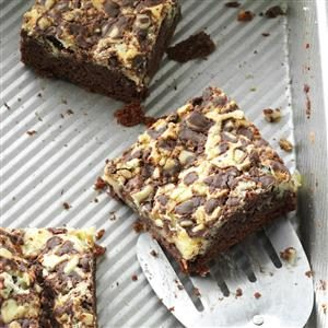 Minty Chocolate Cream Cheese Bars Recipe