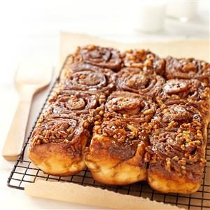 Molasses-Pecan Sticky Buns Recipe