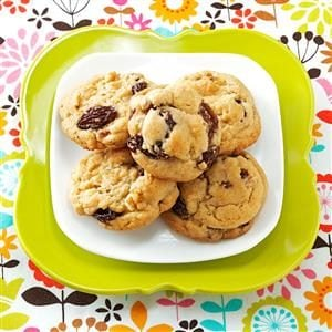 Mom's Soft Raisin Cookies Recipe