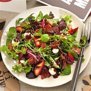 Mozzarella Strawberry Salad with Chocolate Vinaigrette Recipe