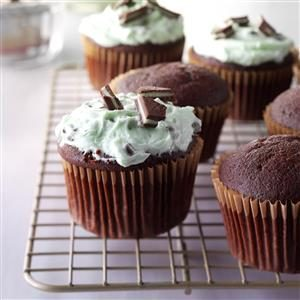 Nana's Chocolate Cupcakes with Mint Frosting Recipe