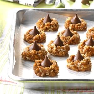 No-Bake Cookie Butter Blossoms Recipe