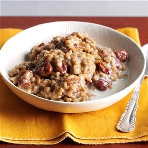 Overnight Cherry-Almond Oatmeal