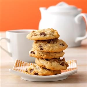 Peanut Butter Oatmeal-Chip Cookies Recipe