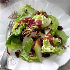 Pear & Pecan Salad with Cranberry Vinaigrette Recipe