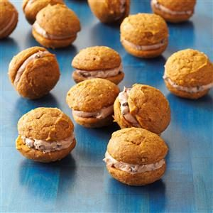 Pumpkin-Chocolate Whoopie Cookies Recipe