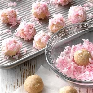 Raspberry Coconut Balls Recipe