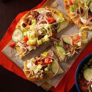 Salad-Topped Flatbread Pizzas Recipe