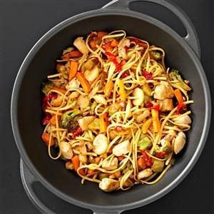Sizzling Chicken Lo Mein Recipe