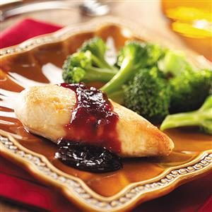Skillet Chicken with Raspberry Sauce Recipe