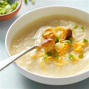 Slow Cooker Creamy Cauliflower Soup Recipe
