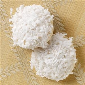 Snow-Topped White Chocolate Macadamia Cookies Recipe
