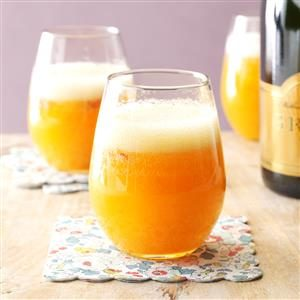 Sparkling Peach Bellinis Recipe