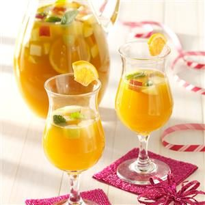 Spicy Apricot Sangria Recipe