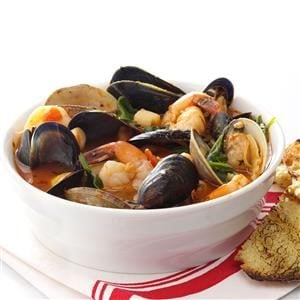 Spicy Fresh Seafood Cioppino Recipe