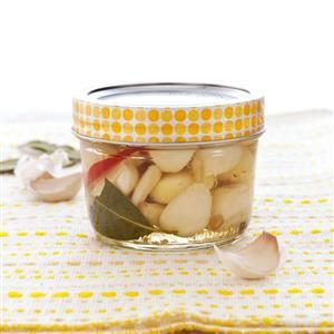 Spicy Pickled Garlic Recipe