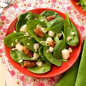 Spinach Salad with Pears & Candied Pecans Recipe