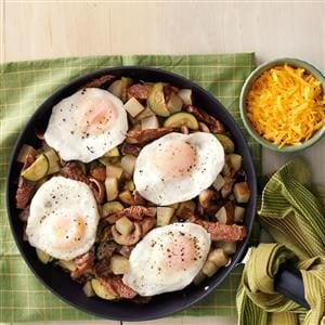 Steak & Mushroom Breakfast Hash Recipe