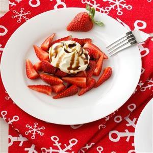 Strawberries with Vanilla Mascarpone and Balsamic Drizzle Recipe