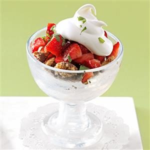 Strawberry Tarragon Crumble