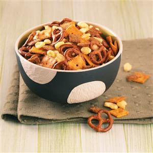 Sweet 'n' Spicy Snack Mix Recipe