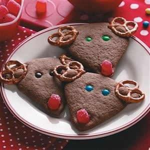 Sweet and Salty Chocolate Reindeer Recipe