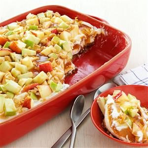 Tempting Caramel Apple Pudding with Gingersnap Crust Recipe