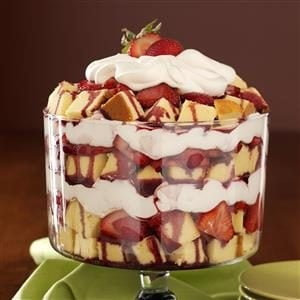 Zinfandel Strawberry Trifle Recipe